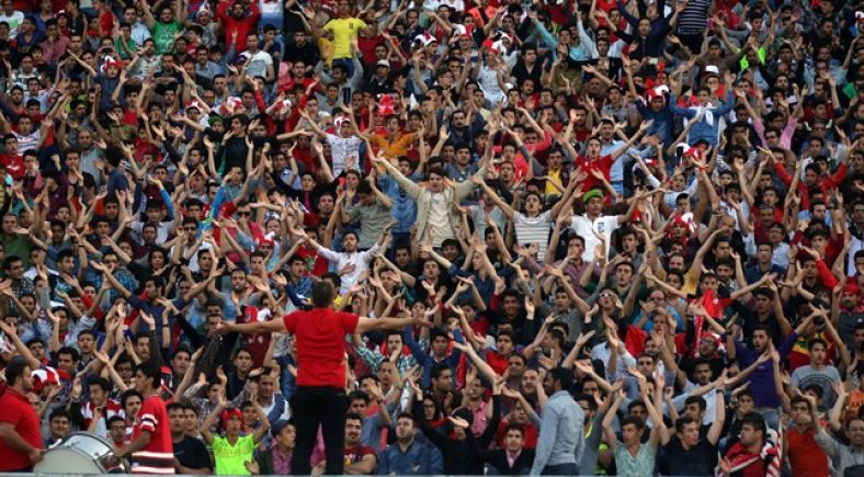 Centomila tifosi per una gara di Champions. È successo in Iran