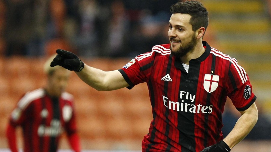 Destro, distorsione al ginocchio: a rischio il derby di domenica con l'Inter