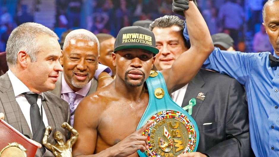 Mayweather privato della corona mondiale Wbo di boxe