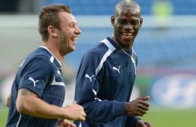 """Balotelli risponde a Cassano: """"I veri amici sono pochi e non al lavoro"""""""