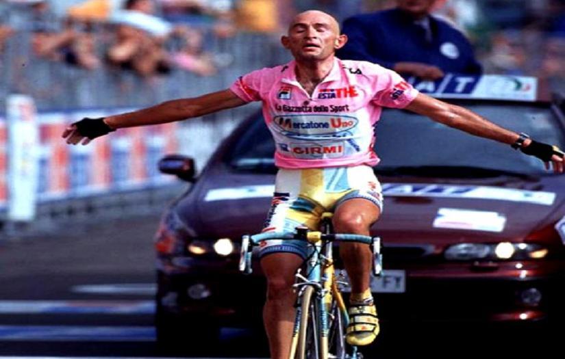 La camorra dietro la squalifica di Pantani dal Giro del 1999