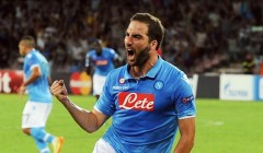 Gonzalo Higuain a segno con il Napoli