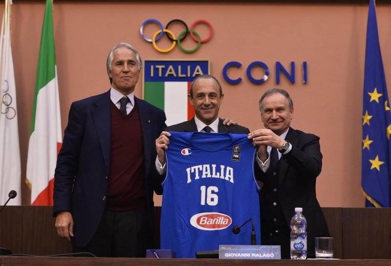Basket, al c.t. azzurro Ettore Messina assegnata la Palma d'Oro