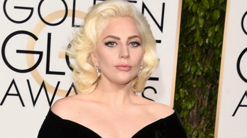 Anche Lady Gaga al SuperBowl: canterà l'inno americano