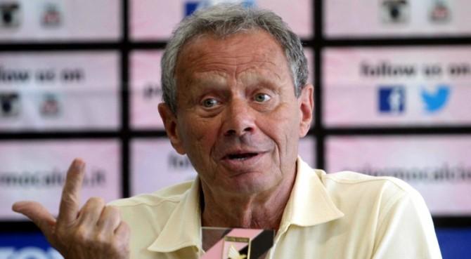 """Il Palermo in vendita? Il sindaco Orlando ai tifosi: """"Zamparini tratta con i cinesi"""""""