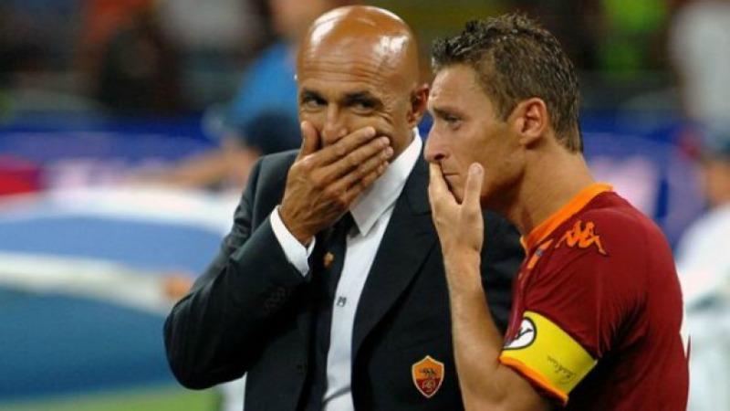 """Le accuse di Spalletti a Totti: """"Zitto tu che giochi a carte fino alle 2 di notte"""""""