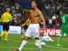 Cristiano Ronaldo si strappa la maglietta dopo il gol con l'Atletico Madrid