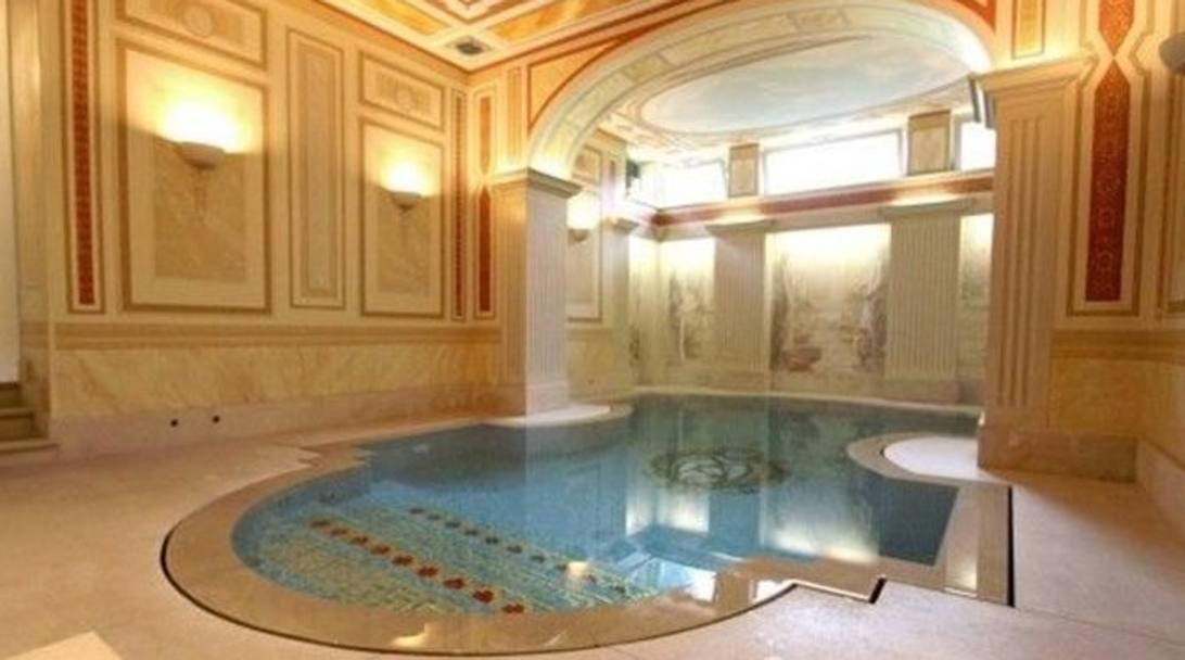 Higuain ecco la villa di lusso con piscina in centro a - Hotel torino con piscina ...