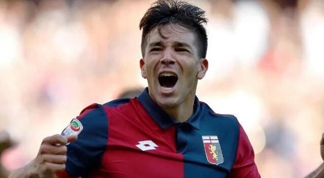 Il Milan prenota il colpo: Simeone già sul taccuino per l'estate