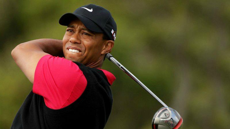 Slitta ancora il ritorno sul green di Tiger Woods
