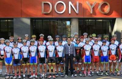 Contador con i ragazzi de La Mafia