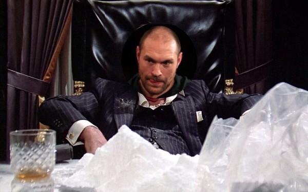 Stupefacente Tyson Fury: posta una foto davanti a una montagna di cocaina
