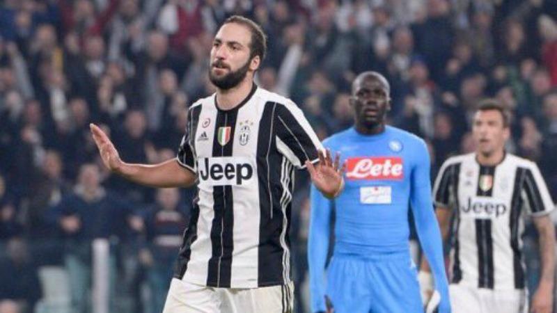 """Higuain a Messi: """"Vieni alla Juve, è nata per vincere"""". E sul Napoli..."""