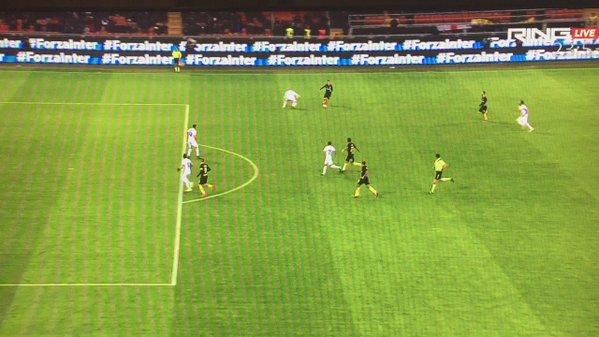 Inter, prima vittoria di Pioli, ma rischia la beffa. Corvino critica l'arbitro.