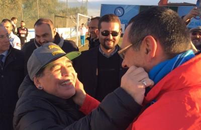 """Maradona incontra Sarri: """"Sarò a Madrid a tifare per il Napoli contro il Real"""""""
