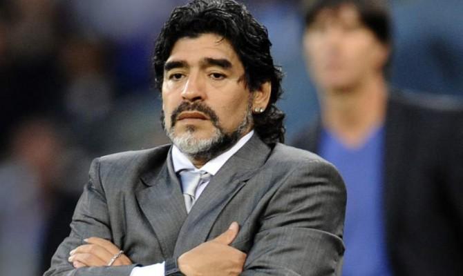 Maradona attacca Icardi, Wanda Nara, Zanetti e Sampaoli e difende Higuain