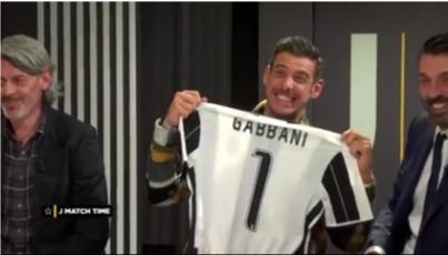 Buffon chiama Bernardeschi: