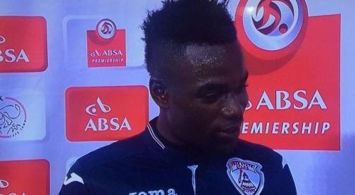 """Il calciatore sudafricano Mohammed Anas sbaglia e nell'intervista ringrazia """"moglie e…fidanzata!"""""""