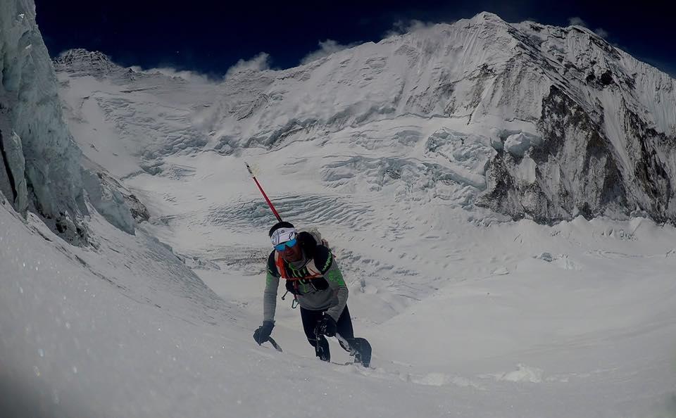 Tragedia sull'Everest, morto lo scalatore svizzero Ueli Steck