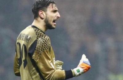 """Donnarumma: """"Amo Milan e tifosi, discuterò rinnovo"""". Il tweet l'ha scritto Vincenzo Raiola?"""
