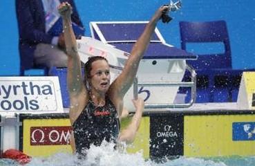 """La Pellegrini rilancia, sarà quinta olimpiade: """"I tifosi mi hanno convinto"""". Su Magnini: """"Prese strade diverse"""""""