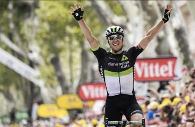 """Tour, la tappa di venerdì: al terzo tentativo è Boasson Hagen (con il """"trucco"""" della rotonda)"""