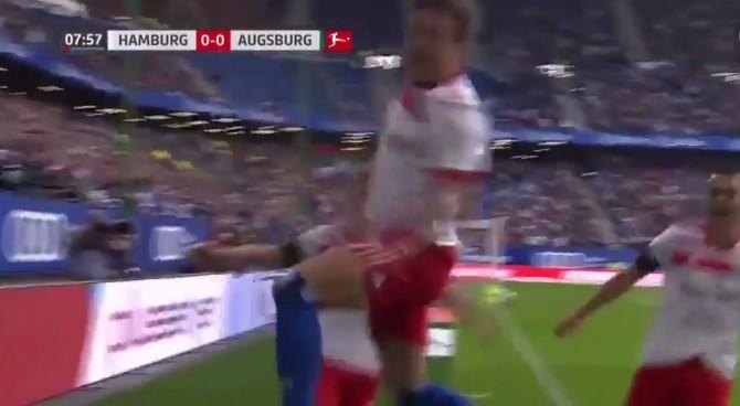 Amburgo, che sfortuna per Müller. Segna, esulta e si rompe il crociato