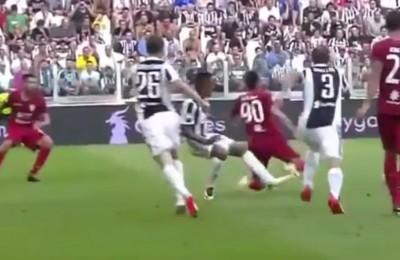 Rigore assegnato con VAR contro la Juventus: Buffon para