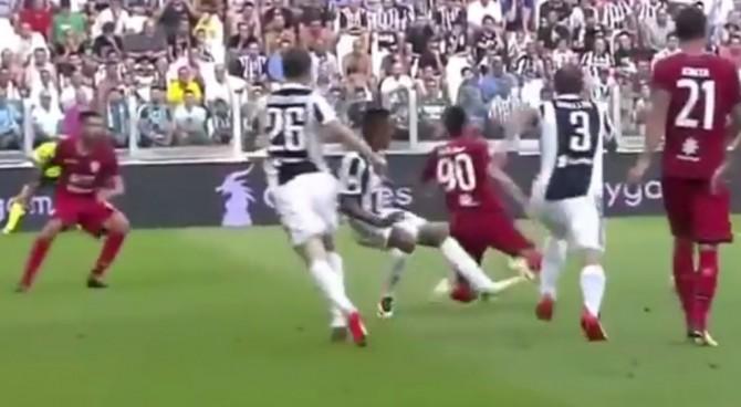 Buffon para rigore assegnato dal Var in Juve-Cagliari