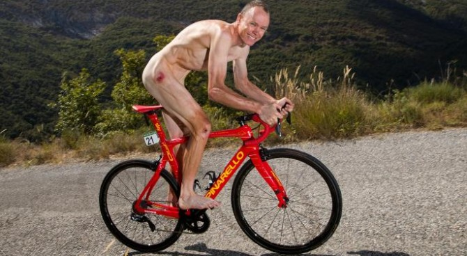Froome come Cipollini: posta una foto nudo sulla bici