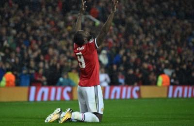 Quanto è lungo il pene di Lukaku? Per il Manchester United il coro dei tifosi è razzista