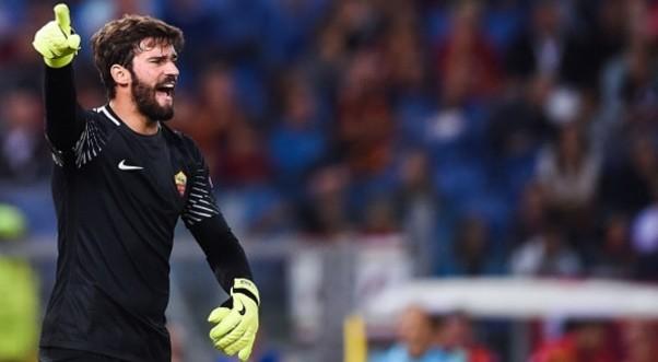 Roma-Atletico Madrid 0 a 0 con un super Alisson, ma manca un rigore per mani di Vietto