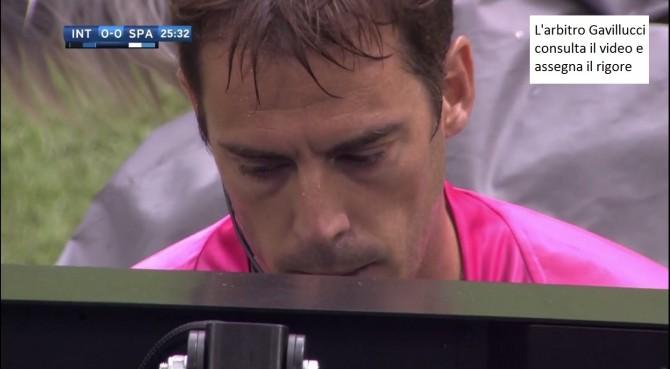 Inter, difensore nel mirino; intanto i tifosi si godono Perisic