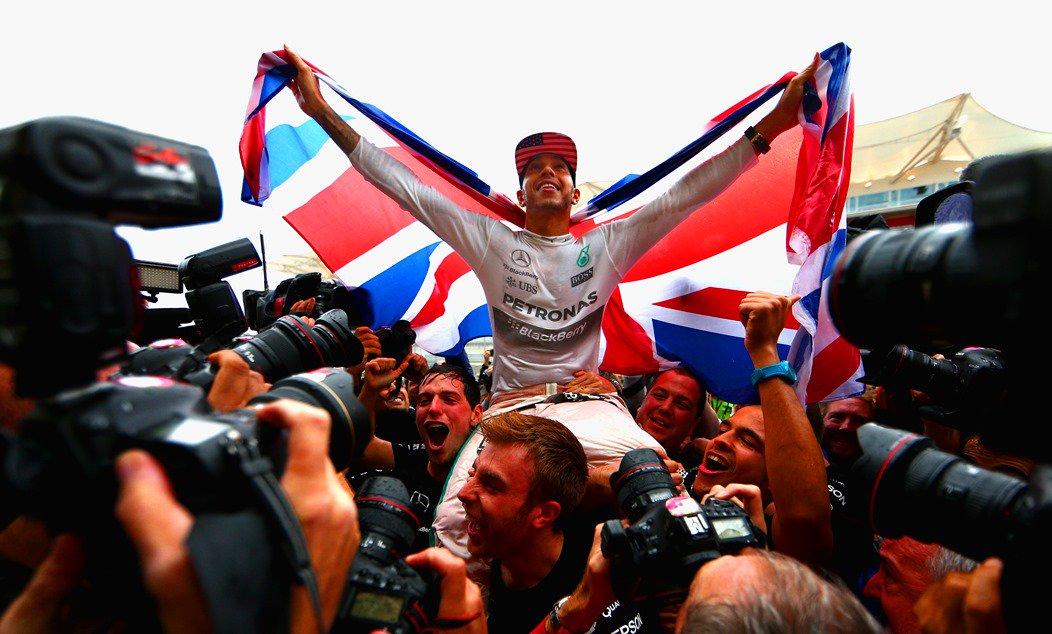 Lewis Hamilton è campione del Mondo, raggiunge Vettel e Prost. I numeri di un titolo meritato