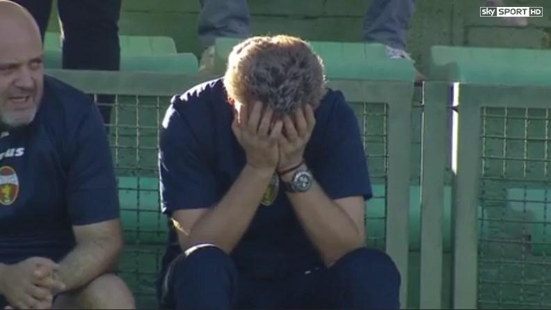 La Ternana vince in rimonta: il tecnico Pochesci viene espulso, poi scoppia in lacrime