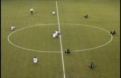 Calciatori italiani pronti a sit-in in campo se Tavecchio non si dimetterà