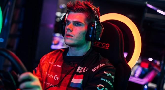 La McLaren ingaggia un campione di videogiochi per il 2018