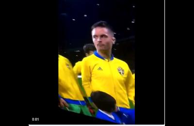 La moglie di Lustig critica il giocatore della Svezia per gli insulti all'Italia. Ma augurano il cancro ai figli