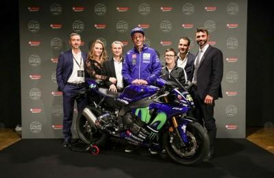 Valentino Rossi campione anche di solidarietà: con Yamaha asta di beneficenza