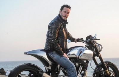 Matrix si arrende all'autovelox: l'attore Keanu Reeves multato a Cesenatico