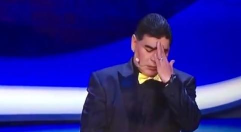 "Sorteggio del Mondiale, Lineker punge Maradona: ""Sempre stato bravo con la mano"""