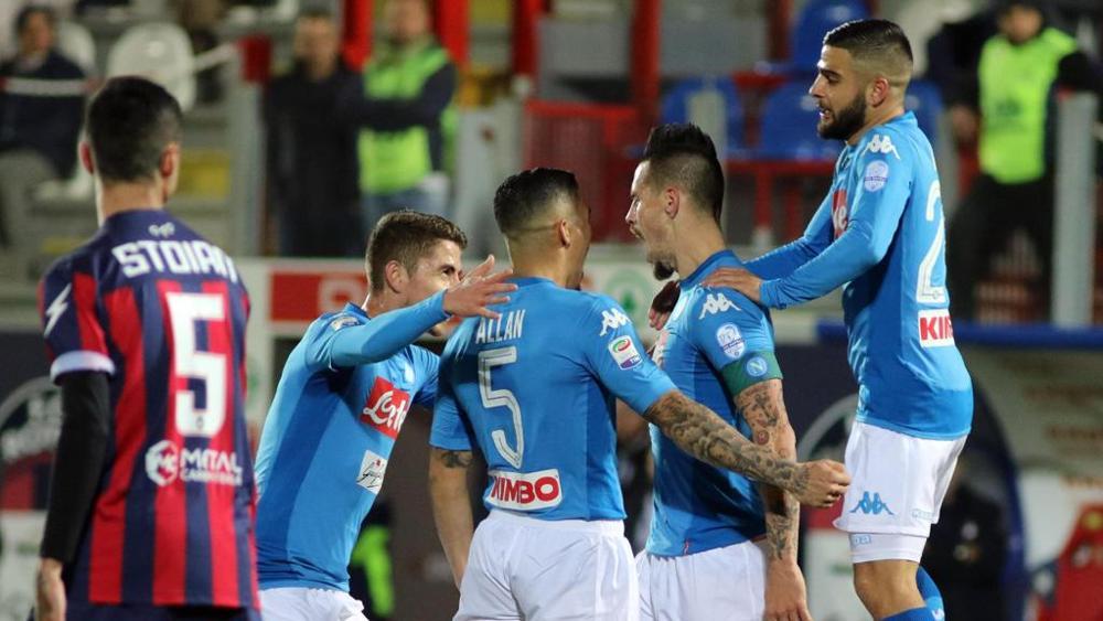 """Napoli campione d'inverno per la quinta volta, Sarri: """"Ma non ha alcun valore"""""""