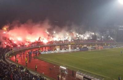 """Partizan-Stella Rossa, l'invasione scatena l'inferno: polizia mette """"ordine"""" a manganellate"""