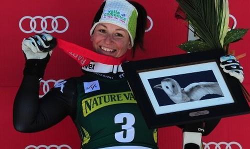 "L'azzurra Elena Fanchini si ferma per un tumore: ""Tornerò a sciare e sarò più forte di prima"""