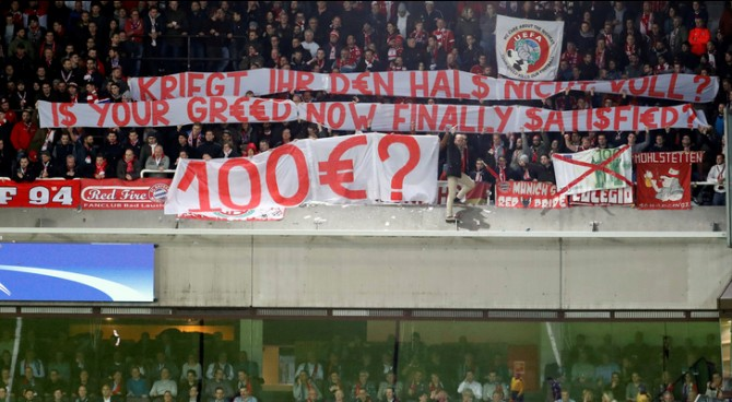 Biglietti troppo cari, la UEFA condanna l'Anderlecht: deve rimborsare i tifosi del Bayern Monaco