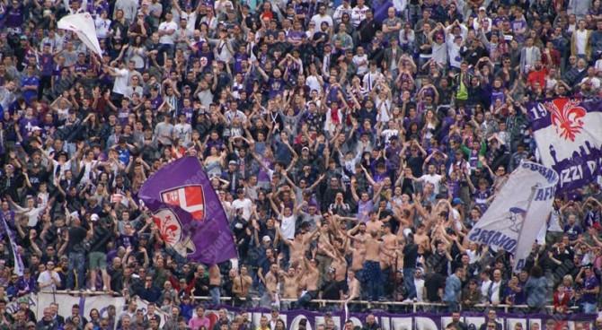 """Rigore per la SPAL, i tifosi della Fiorentina prendono in giro Buffon: """"Arbitro insensibile"""""""