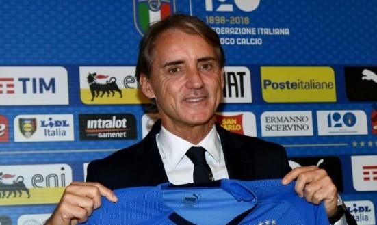 Presentato il nuovo ct Roberto Mancini.  Mezz'ora per non dire nulla