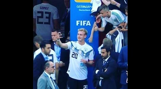 Germania: Brandt nella bufera per il selfie col tifoso dopo il ko col Messico