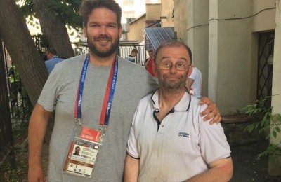 Tifoso arriva in Russia per vedere l'Inghilterra, ma dimentica il biglietto a casa