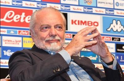 """Napoli, De Laurentiis choc: """"Mi criticano, ma comprano magliette false: tifosi drogati"""""""